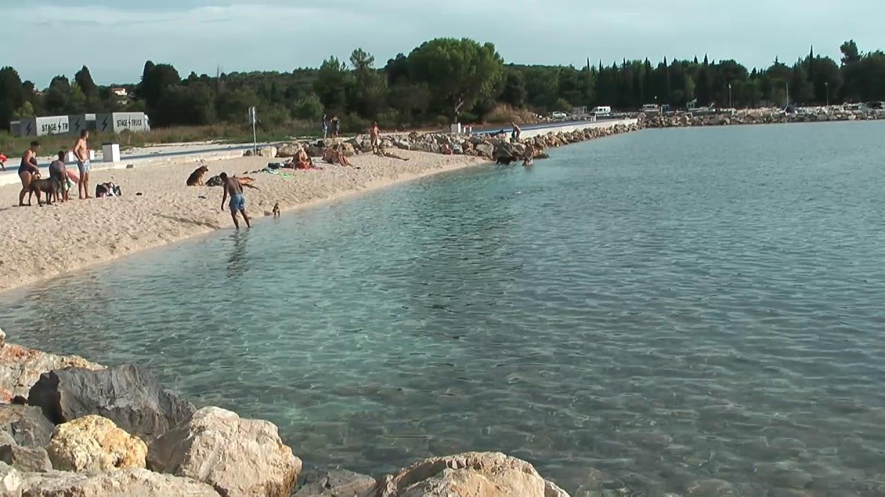 Crazy Beach Fazana Pula In Kroatien Sonne Strand Und Reggae Musik