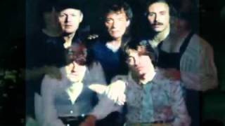Watch Hollies Song Of The Sun video