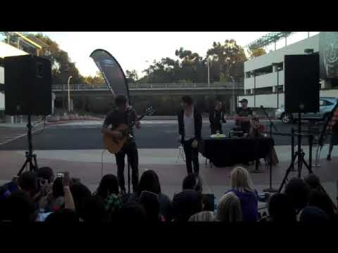 Jasey Rae acoustic live - All Time Low