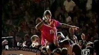 Enrique Iglesias - Rhythm Divine (live)