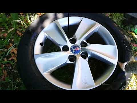 Cleaning Your Alloy Wheels