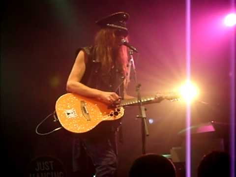 Going upwards at 45 degrees - Julian Cope