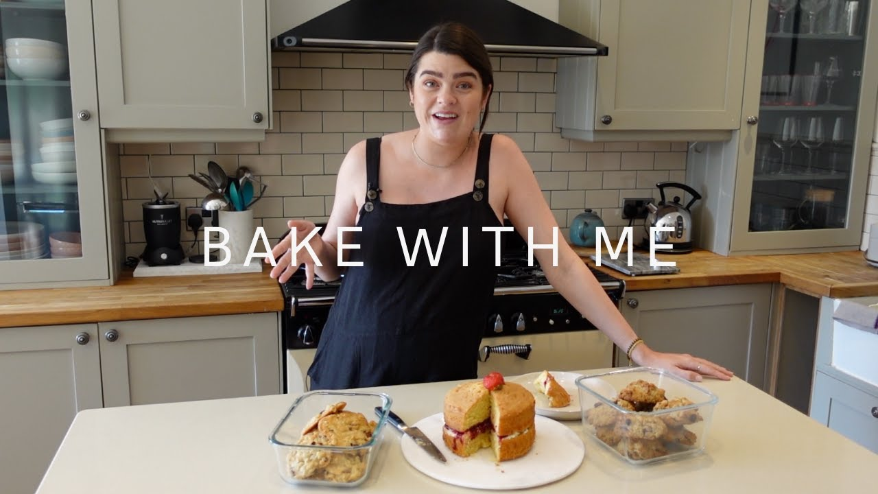 Bake With Me: My Mum's 3 Best Recipes! | The Anna Edit
