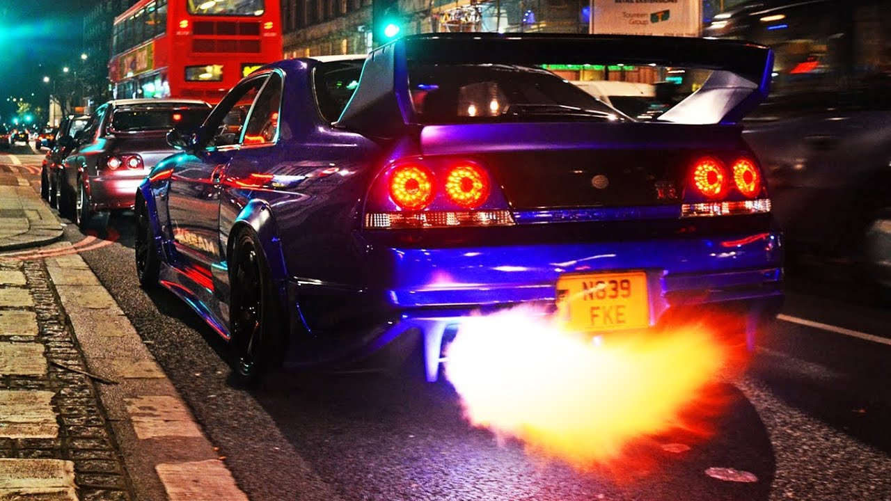 Attrayant Nissan Skyline GTR Sets Off Shop Alarm!   YouTube