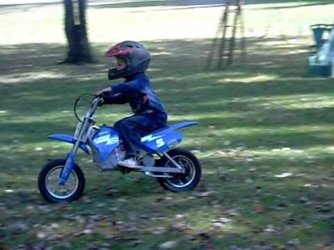 Razor Mx 350 Dirt Bike Age 4 Youtube