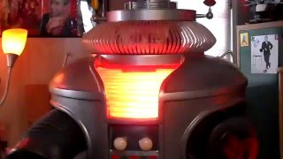 Replicating the voice of the B9 LOST in SPACE Robot