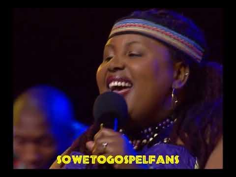 Soweto Gospel Choir - Live at the NMT - Avulekile Amasango/One Love