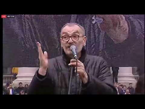 Sinia Kovaevi na velikom protestu u Beogradu: U toku je borba koja se ne sme i ne moe izgubiti!