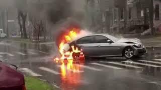 BMW загорелся в результате ДТП в Запорожье 4.01.18