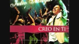 Julio Melgar: Vivire para alabarte Album: CREO EN TI