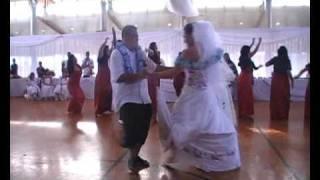 Cool as Samoan wedding bridal party dance