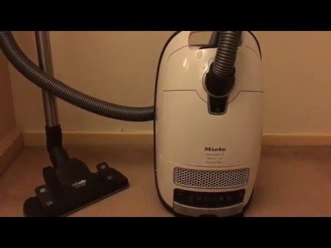 AO Review - Miele Complete C3 Silence EcoLine Plus CC3SIL Cylinder Vacuum Cleaner - White