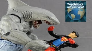 """DC Comics Multiverse  6"""" Scale King Shark Collect-And-Connect Figure Review"""