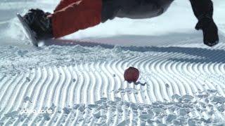 Extreme Carving : Couper des fruits avec une planche de snowboard !
