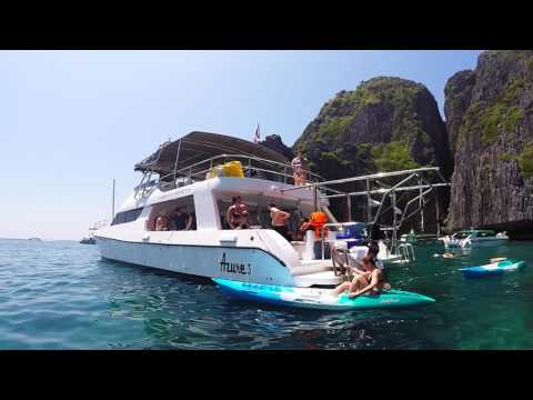 Sailescapes Yacht Charter Phi Phi Island tour