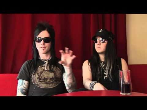 Interview Murderdolls - Joey Jordison and Wednesday 13 (part 1) Mp3