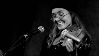 Linda Trillhaase - Der Tod das ist die kühle Nacht (Heine)