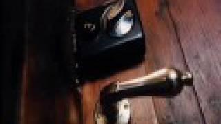 Kuutamosonaatti - punchdrunk lovesick singalong