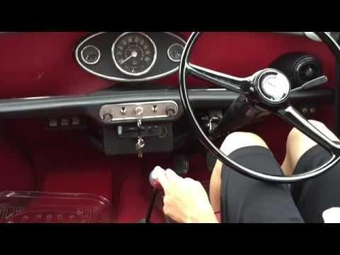 ローバーミニ(Mini)の運転動画。クラッチ操作など。