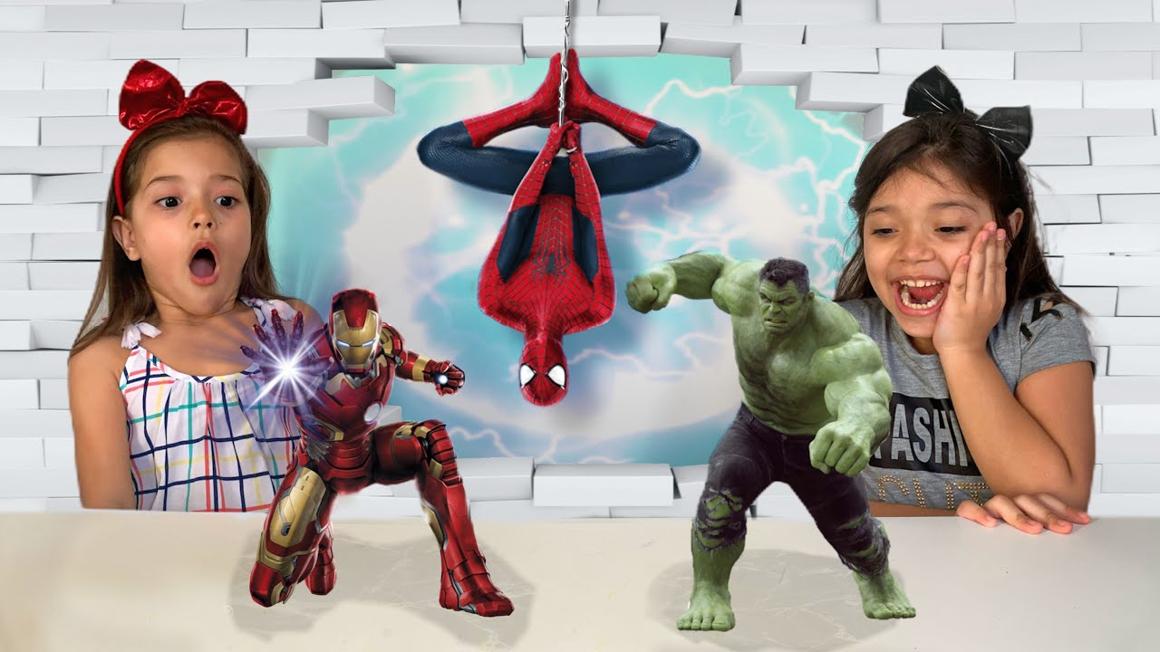 SUPERHEROES DANCE with Yasmin and Yanne 색칠공부를 하면 슈퍼히어로랑 신나게 춤을 춘다고? 헐크 스파이더맨 캡틴 아메리카 배트맨