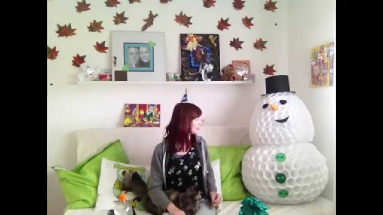 schneemann aus plastikbechern youtube. Black Bedroom Furniture Sets. Home Design Ideas