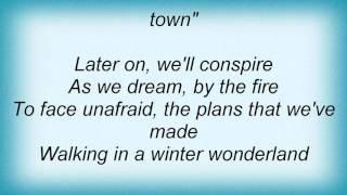 Macy Gray - Winter Wonderland Lyrics