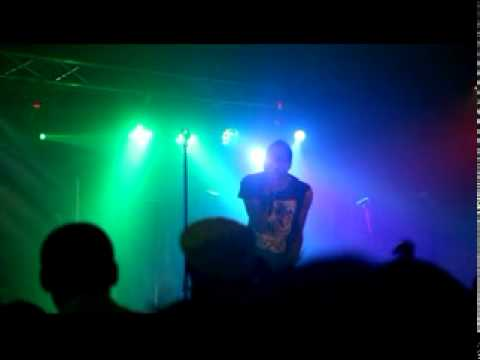 Deitrick Haddon - He's Able (live in london)
