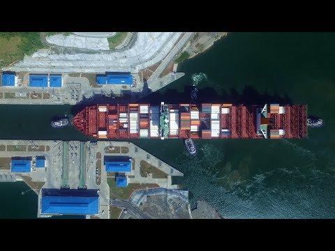 "Work & Life on Board: Photobook ""Seafarers"" now available | Hapag-Lloyd"