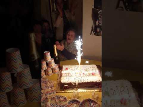 Auguroniiiiii nonna..90 anni...