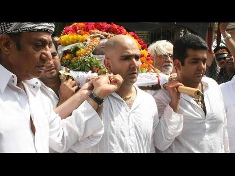 Filmmaker Prakash Mehra's Son Amit Mehra Dies At 40