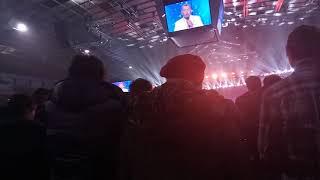 """Владимир Мунтян читает молитву на шестилетии киевской церкви """"Возрождение"""""""