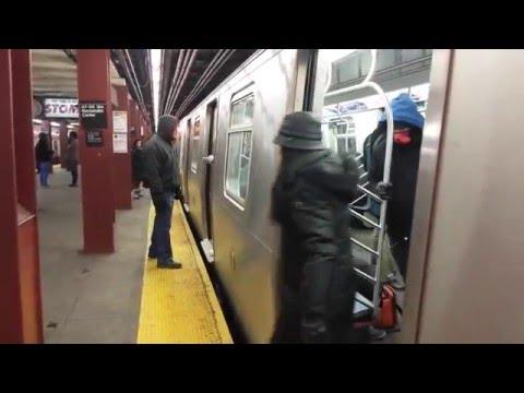 IND Sixth Avenue Line: Brooklyn Bound R160 (F) (M) Trains @ 47th-50th Street-Rockefeller Center