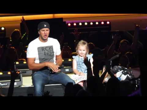 5 Year Old Bella Steals the Show and 'Kills the Lights' with Luke Bryan