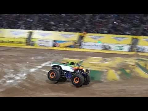 MONSTER JAM LIVE El Paso TX. 2017 Races & Freestyle