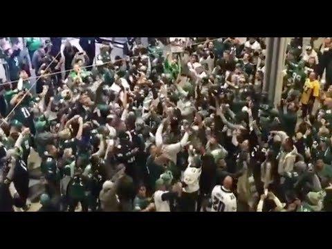 Philadelphia Eagles Fans Overtake Jerry's World After Demolishing Cowboys!