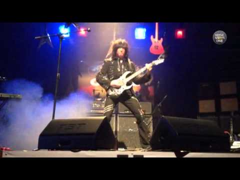 Michael Angelo Batio - Dimebag Darrell Tribute (Bogota 2013)