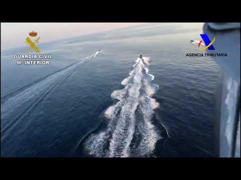 Frustran un alijo de más de dos toneladas de hachís en la costa algecireña