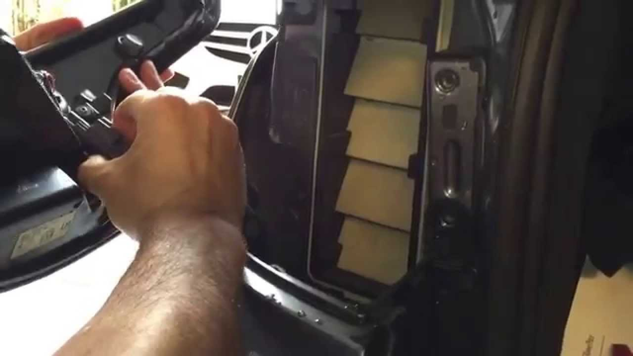 Range Rover Sport 2014 Tail Light Assembly Removal Youtube