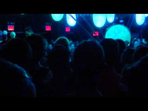 [HD] Purity Ring @ Le Poisson Rouge 7/24/2012
