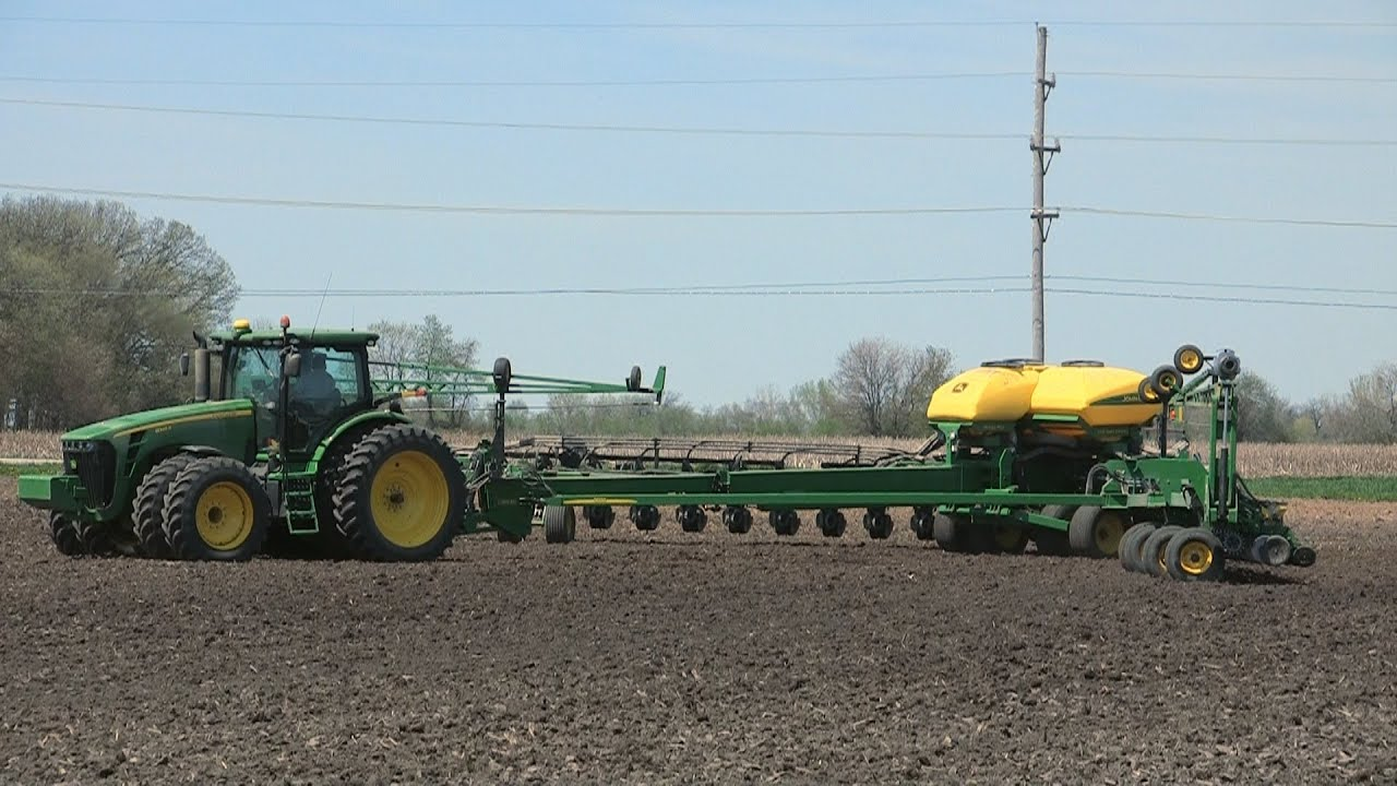Pitstick Farms - John Deere DB90 Planter Extending and ...