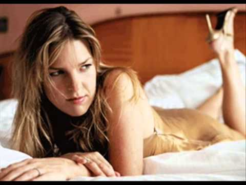 Diana Krall - Christmas Time is Here