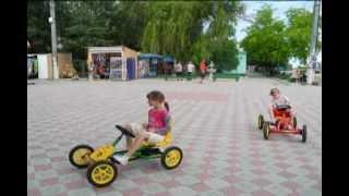 Наш отдых в Скадовске летом 2012 года(Отзыв о нашем отдыхе в Скадовске читайте на нашем сайте о путешествиях семьей здесь http://travel-family.org/na-more/32-scadovs..., 2012-07-07T08:31:51.000Z)