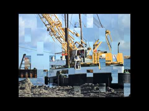 barge crane dredging