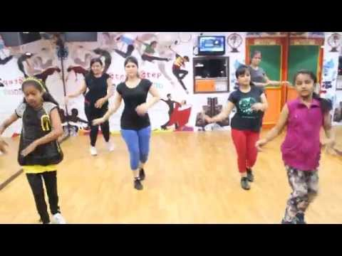 Engine Ki Seeti | Khoobsurat | Step2Step Dance Studio