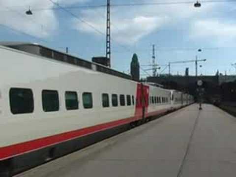 Helsinki Sm3 pendolino train