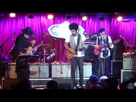 Jimmy Vivino's NYC Blues Revue Ft Tash Neal - Politician Blues..  9-6-17 BB King, NY