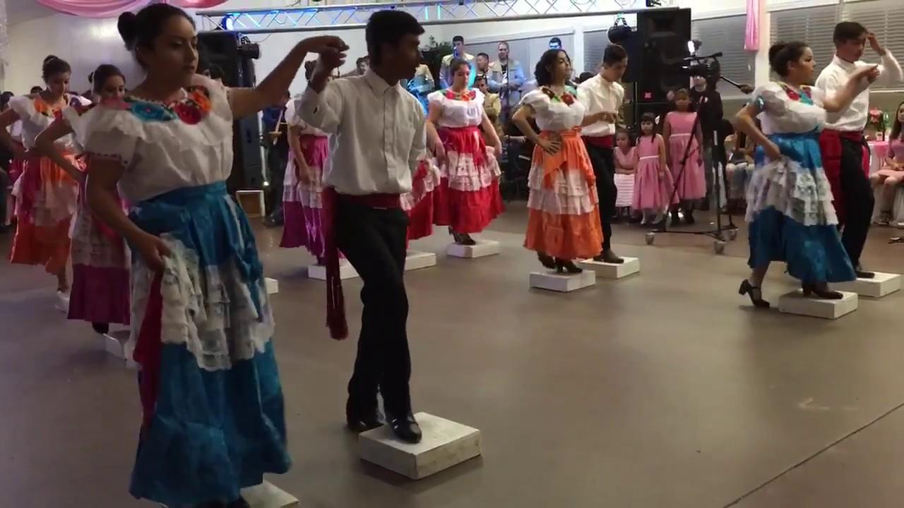 North Salinas High School Baile Folklorico - Nuevo Leon   Campeche ... a4712a47f