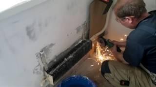 Установка радиатора на газосварке в квартире(, 2017-05-21T15:45:56.000Z)