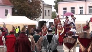 Sieradzkie Bractwo Kurkowe ze sztandarem