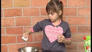 Салат з крабовими паличками та кукурудзою. Малюк-кухарчук.